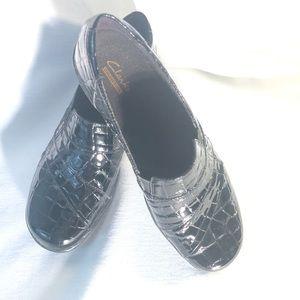 Clark's Croc Detailed Slip on 👠